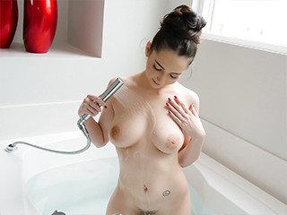 Getting Busy In The Bathtub